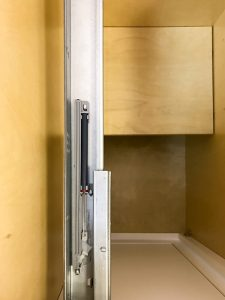 Brilliant White Shaker Drawer Slides